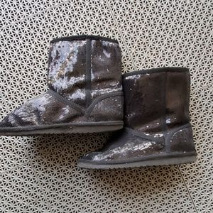 Size 3 sparkling boots